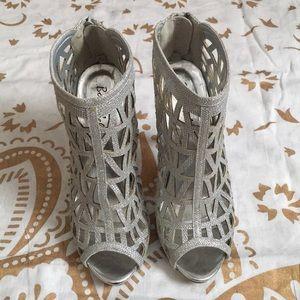 Bonnibel Silver Open Toe Heels